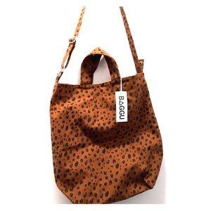 NWT Leopard Print BAGGU Bag